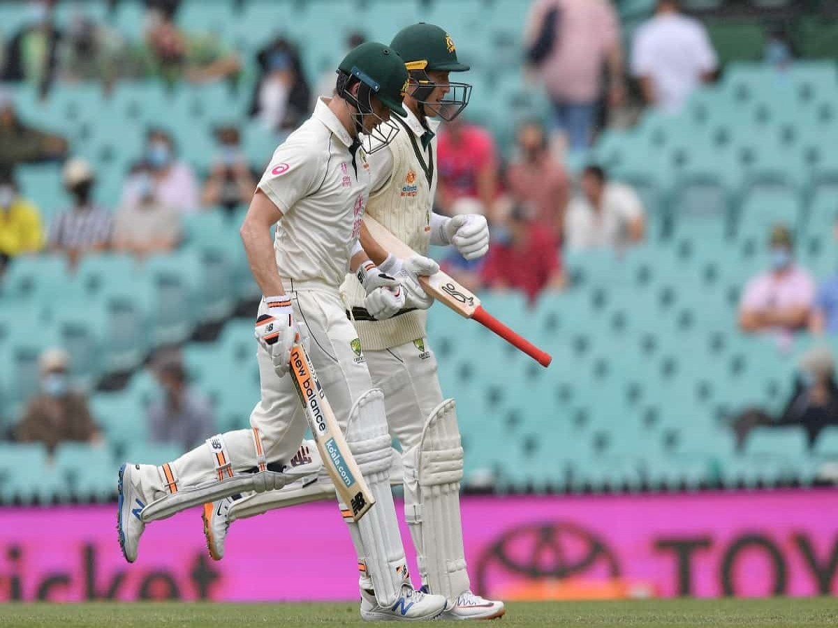 Australia Lead By 197 Runs and 8 Wickets After Indian Batting Collapse